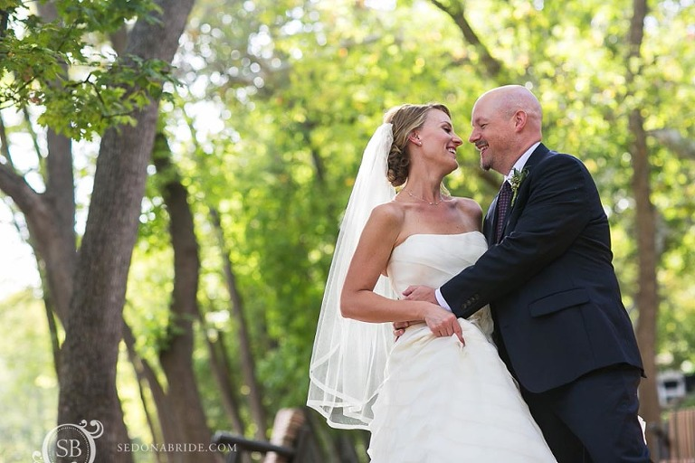 L'Auberge Weddings ~ romantic portraits on Oak Creek