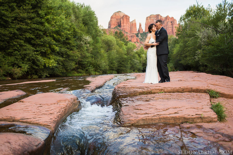 Sedona elopement at Red Rock Crossing